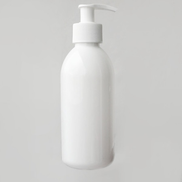 Plastová lahvička s dávkovačem 250 ml